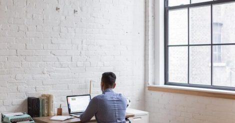 Cari Kerja Tanpa Perlu Ngantor, Coba di Fastwork Saja!