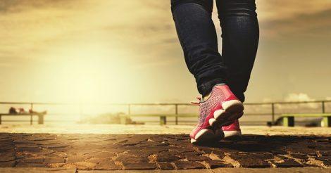 Manfaat Jalan Kaki Selama 30 Menit Sehari